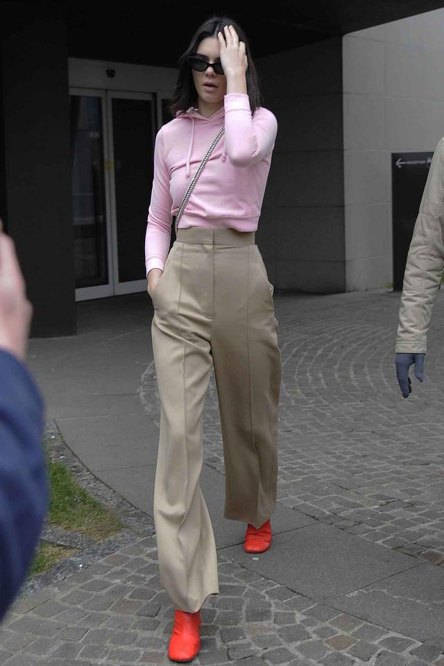 画像4: オシャレ上級者たちに学ぶ、「冬のピンク」着こなし攻略法