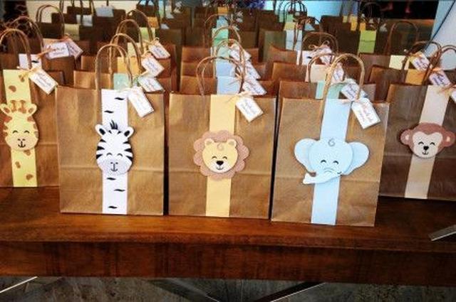 画像: ゲスト用のお土産バッグもサファリ仕様。 ⒸDoce Ideia