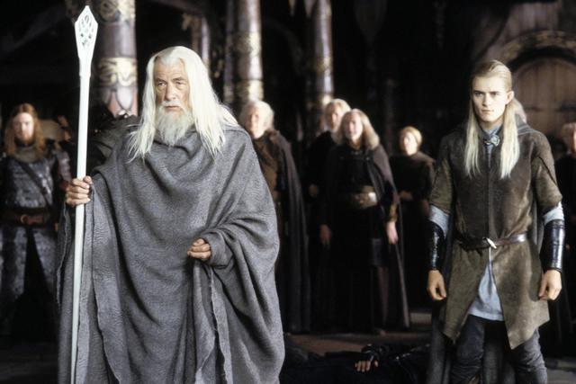 画像: ガンダルフ役のイアン・マッケランとレゴラス役のオーランド・ブルーム。