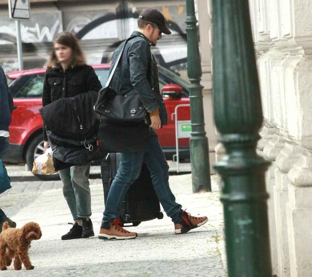 画像5: 癒しの極み!オーランド・ブルームと愛犬の2ショットに心奪われる