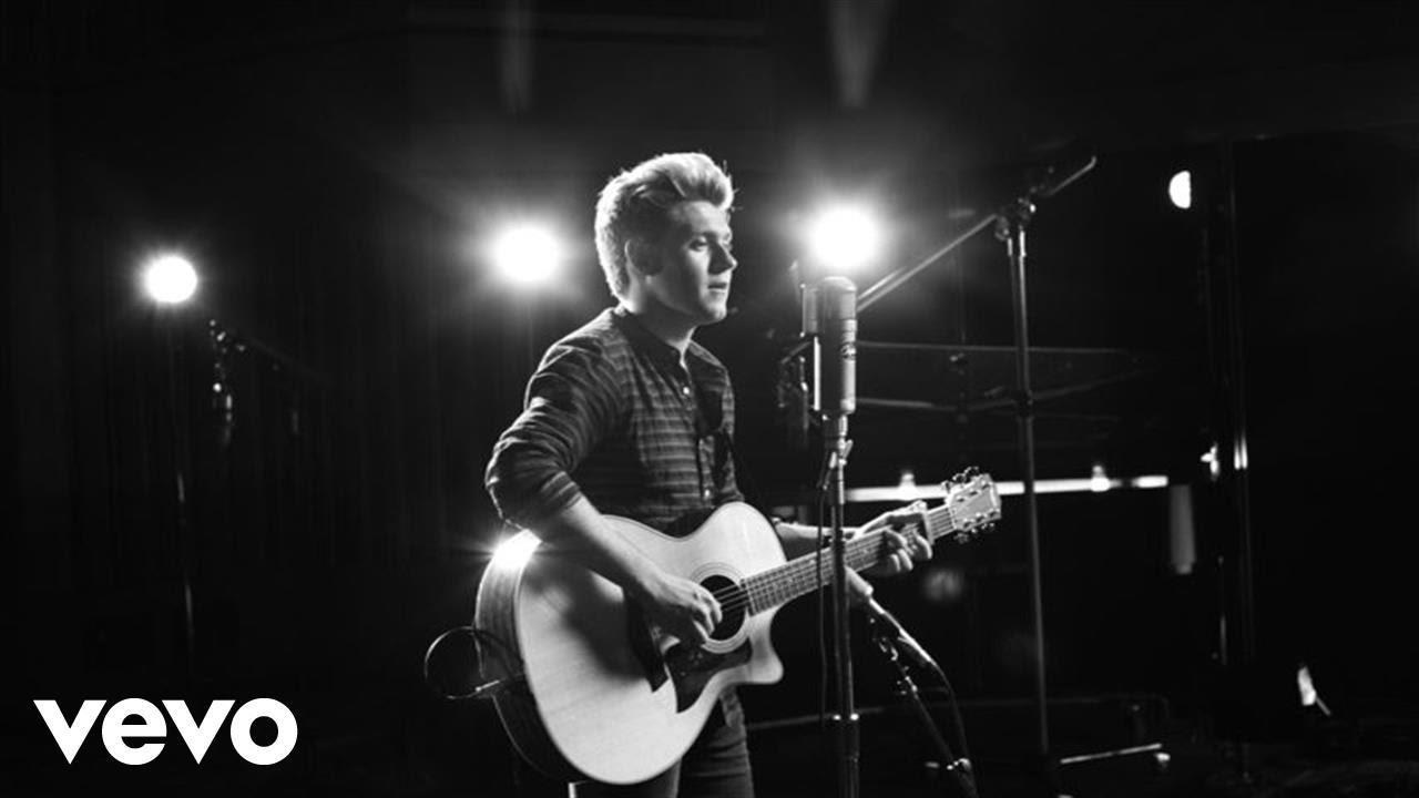 画像: Niall Horan - This Town (Live, 1 Mic 1 Take) youtu.be