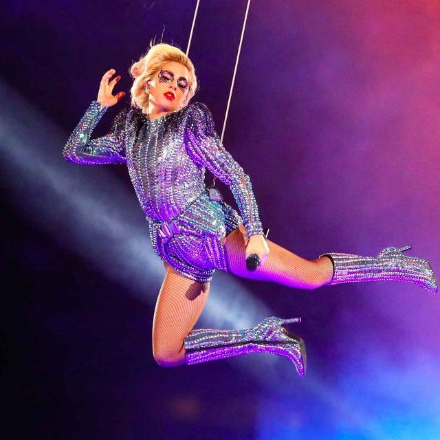 画像: レディー・ガガのラスベガス長期公演が決定、1公演あたり約1億円の収入!?