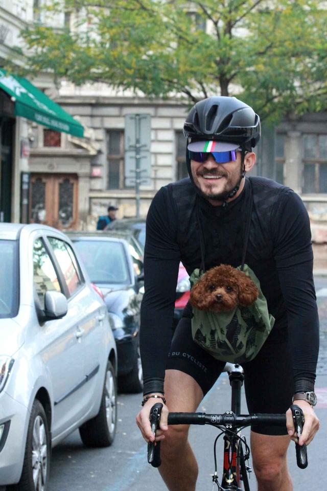 画像4: 癒しの極み!オーランド・ブルームと愛犬の2ショットに心奪われる