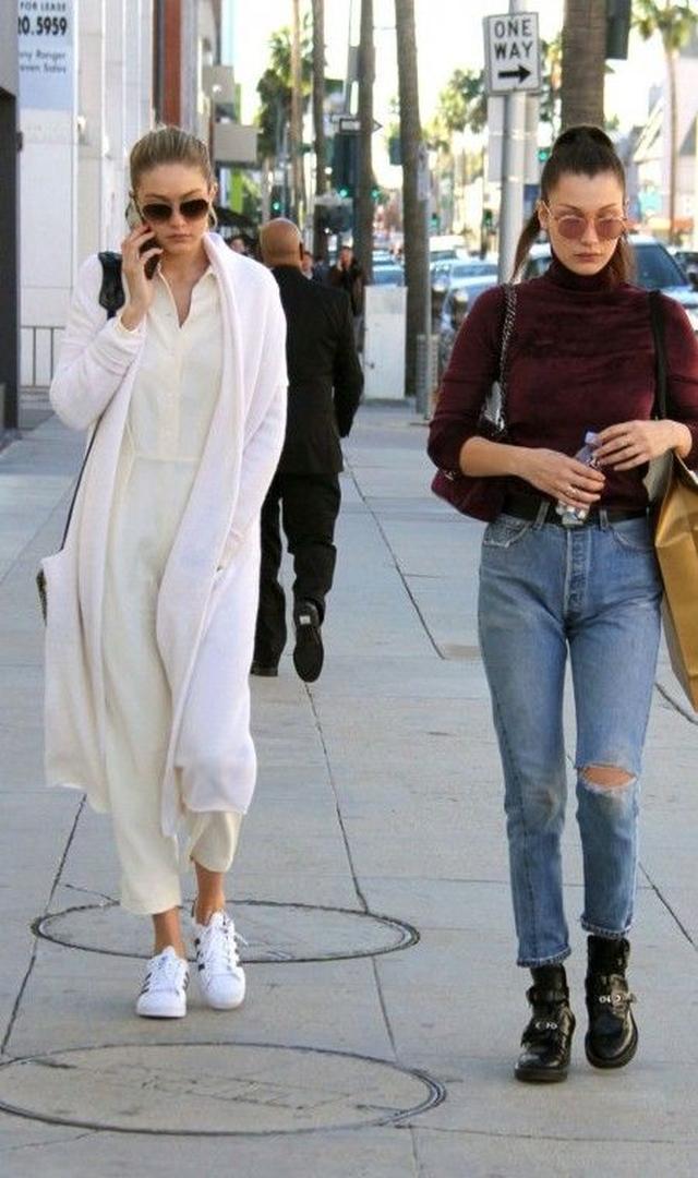 画像13: とにかく白が好き!次世代おしゃれモデル、ジジ・ハディッドの白コーデ15選