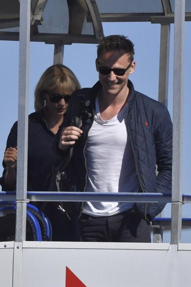 画像7: 【写真入手】テイラー・スウィフト&新恋人、今度はオーストラリアに降り立つ