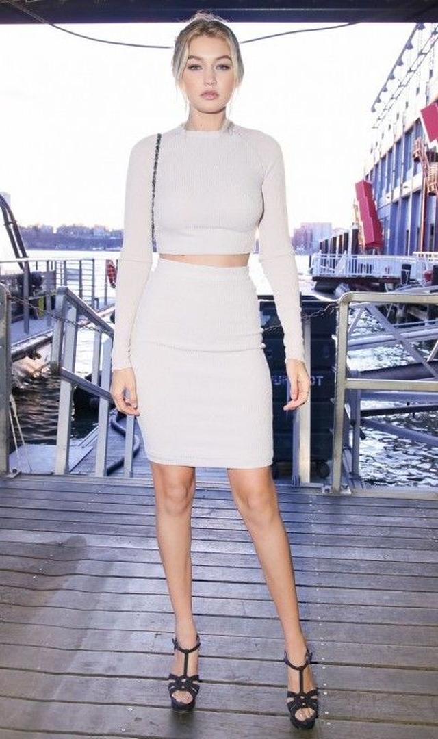 画像8: とにかく白が好き!次世代おしゃれモデル、ジジ・ハディッドの白コーデ15選