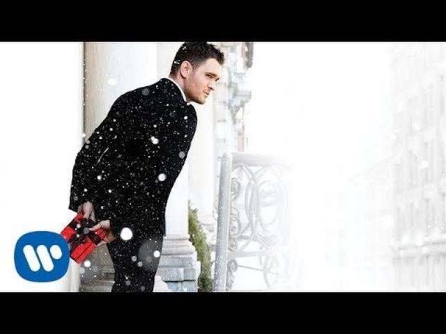 画像: Michael Bublé - White Christmas (ft. Shania Twain) [Official HD] www.youtube.com