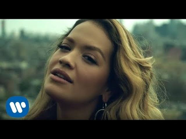 画像: Rita Ora - Anywhere (Official Video) www.youtube.com