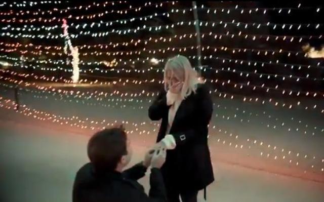 画像3: 交際1年半でついに婚約
