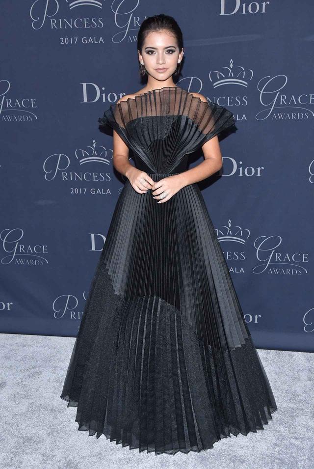 画像: ドレス:John Paul Ataker