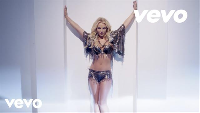 画像: Britney Spears - Work B**ch www.youtube.com