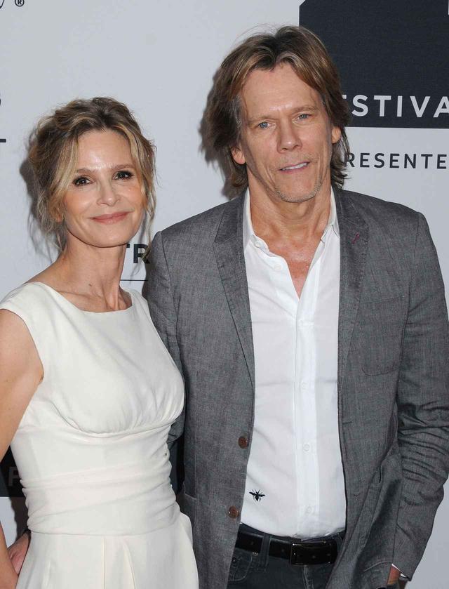 画像: ソジーの両親である女優のキーラ・セジウィック&ケヴィン・ベーコン。