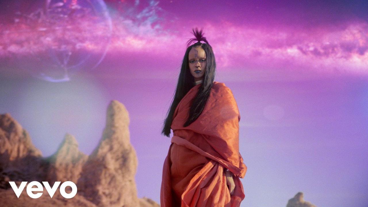 """画像: Rihanna - Sledgehammer (From The Motion Picture """"Star Trek Beyond"""") youtu.be"""