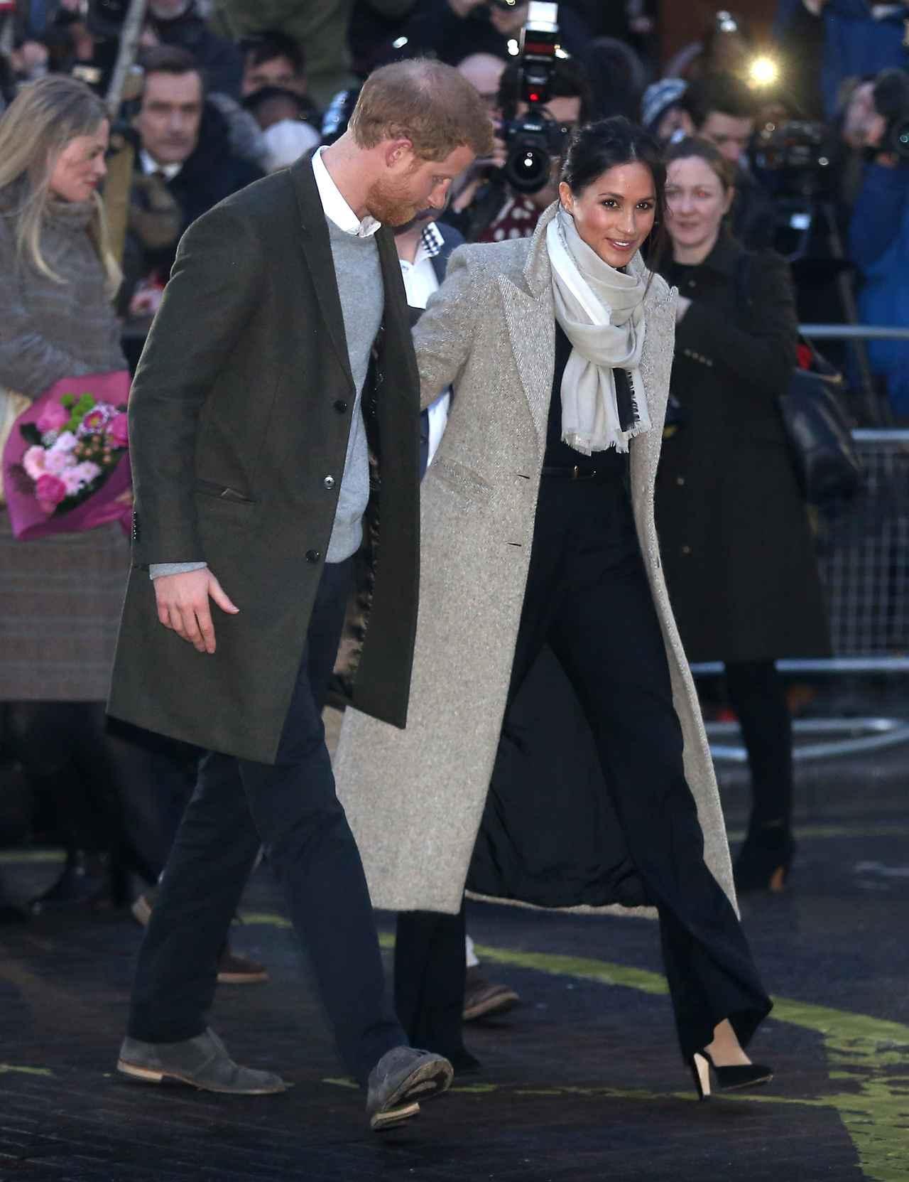 画像: ヘンリー王子の婚約者、公務時のヘアスタイルが称賛されている理由って?
