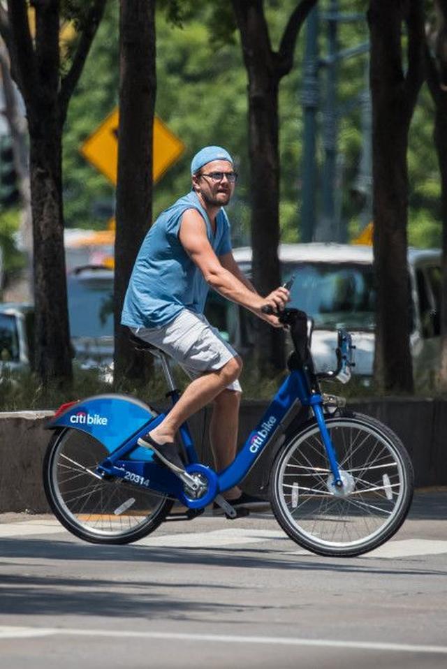 画像: あの大物セレブたちがNYで乗っているのは、まさかのレンタル自転車!