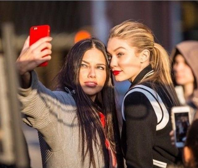 画像: 人気モデルがみんなやってる おしゃれなインスタ写真の撮り方はコレ! - FRONTROW
