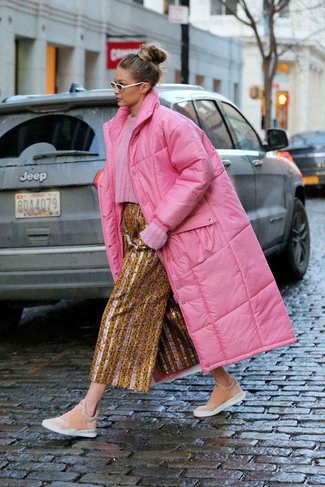 画像3: 人気モデル、幸せオーラ満開のピンクコーデで視線を奪う