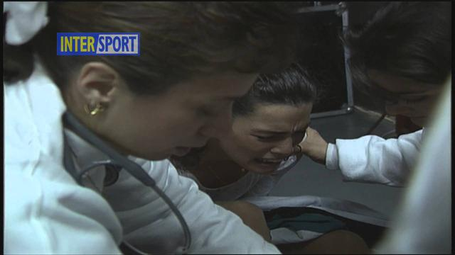 画像: Nancy Kerrigan Attack - Raw Footage - January 6, 1994 www.youtube.com