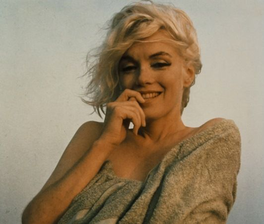 画像1: マリリン・モンローのブロンド髪束に88万円の落札予想額