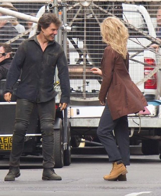 画像: 7月にロンドンで新作映画『ザ・マミー』の撮影をするトム。