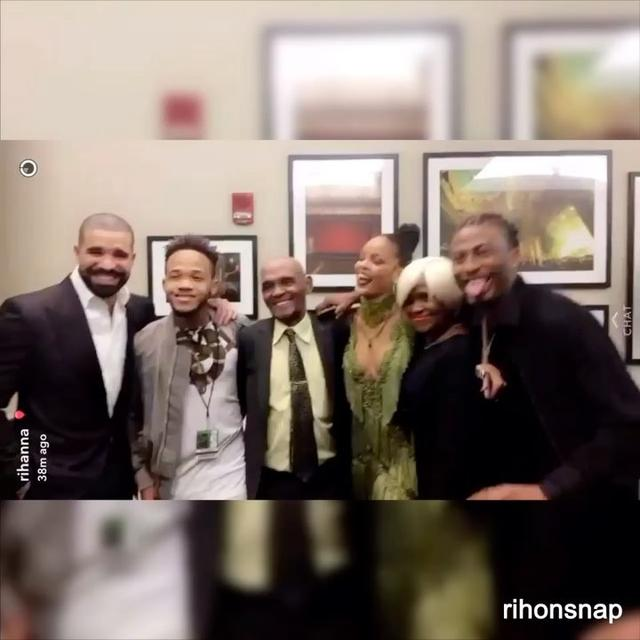 画像1: Instagram投稿の投稿者: Rihanna on Snapchat&Instagramさん 日時:  8月 29, 2016 at 6:05午前 UTC www.instagram.com