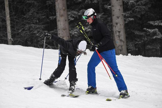 画像2: もはや2人きりの雪山デート