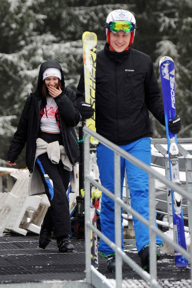 画像1: もはや2人きりの雪山デート