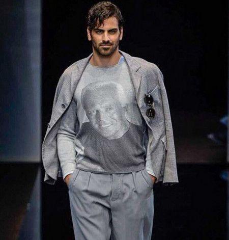 画像: Giorgio Armaniのショーでウォーキング。