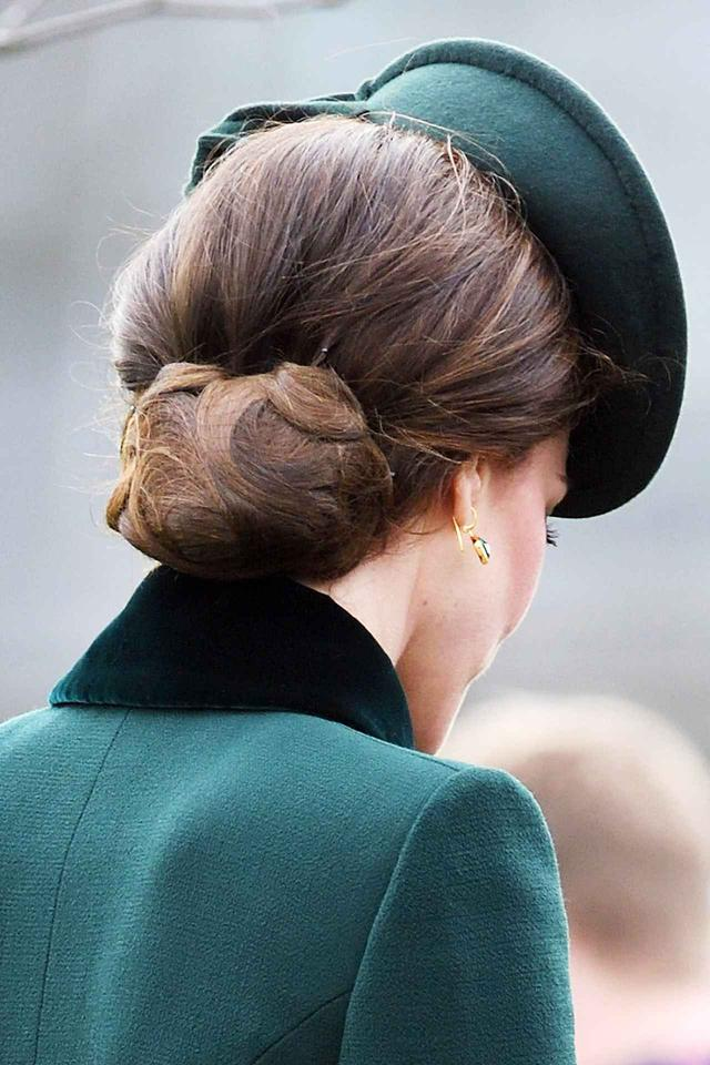 画像2: キャサリン妃の「髪形」がいつ見ても完ぺきな理由が意外とシンプル