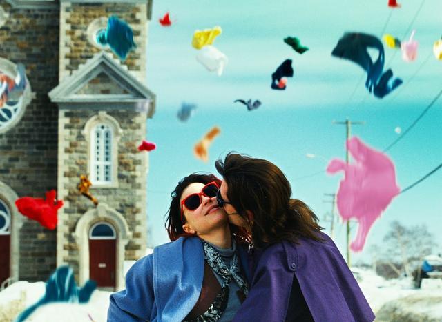 画像: 映画『わたしはロランス』予告編 www.youtube.com