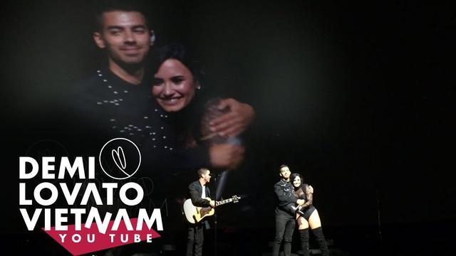 画像: Demi Lovato, Joe, Nick Jonas - Gotta Find You, This Is Me (2016 Future Now Tour, Camp Rock Reunion) youtu.be