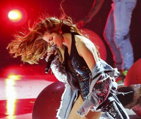 画像: セレーナ・ゴメスがリバイバル・ツアーでジャスティンについての曲を歌わない理由
