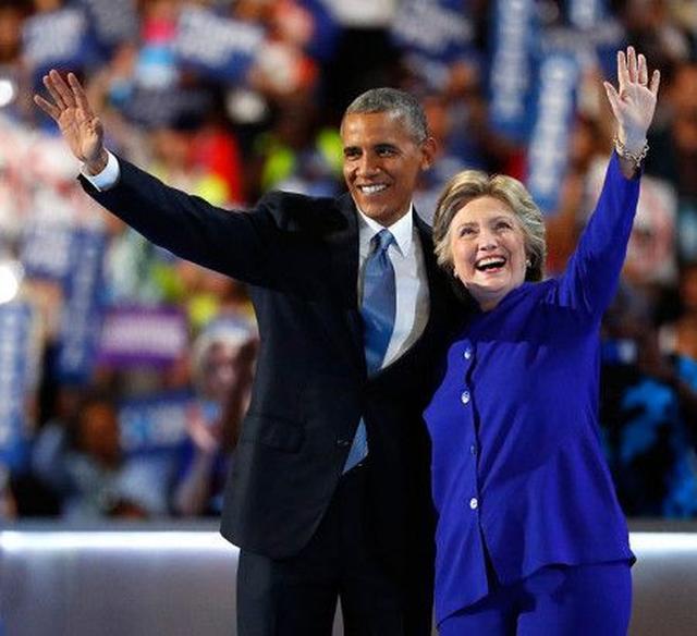 画像: 同大会で、現大統領のオバマ氏からも「男性、女性に関わらず、次期アメリカ大統領にふさわしい人物はヒラリー氏以外にはいないと自信を持って言えます」と熱烈な応援を受けたヒラリー氏。