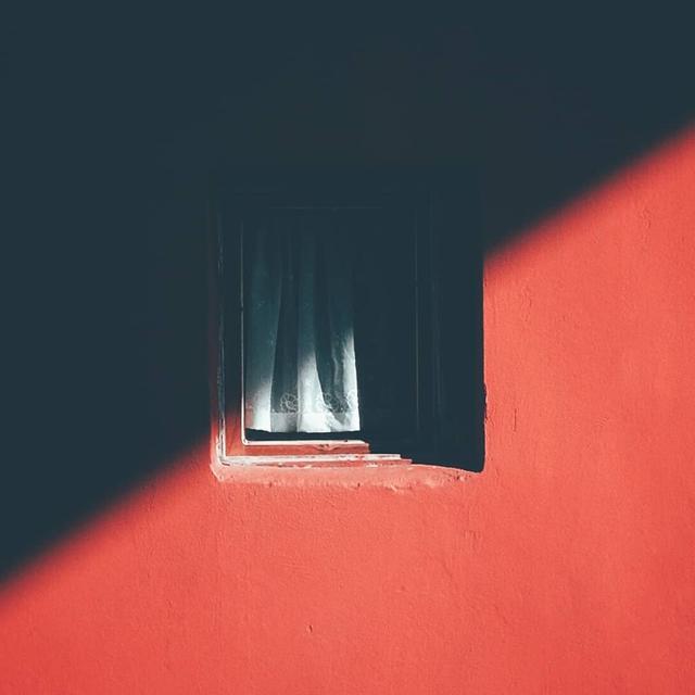 画像3: どんな日にも、そこにその窓はいた