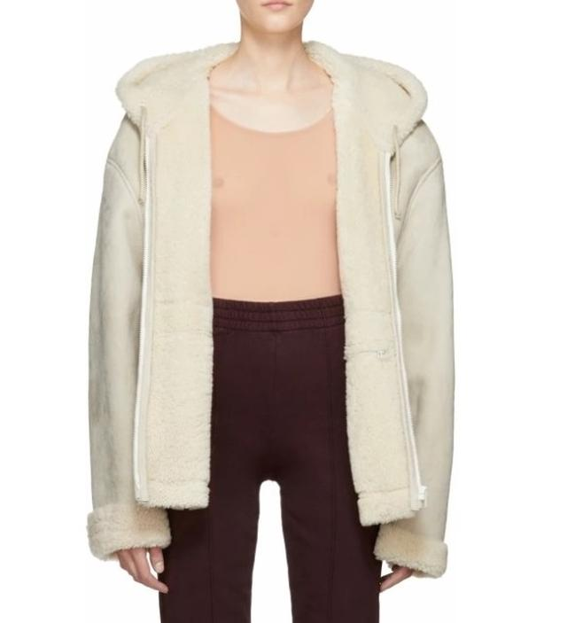 画像: Ivory Short Shearling Jacket($1,500) yeezysupply.com