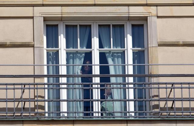 画像2: セレブがこぞって「窓からチラ見」