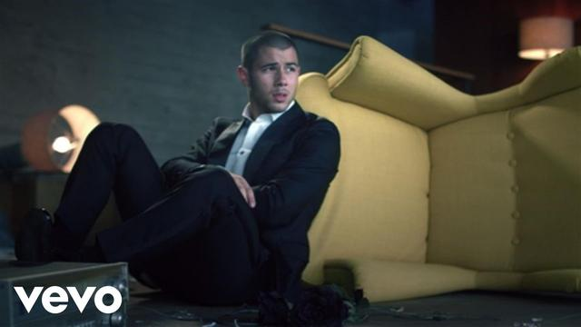画像: Nick Jonas - Under You youtu.be