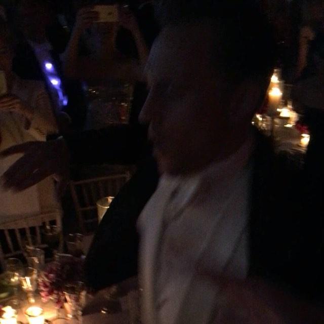 画像1: Carlos SouzaさんはInstagramを利用しています:「TAYLOR SWIFT & TOM HIDDLESTON GETTING DOWN #MET #DANCE #FUNFUN #PRINCE  #NYC #tomhiddleston」 www.instagram.com