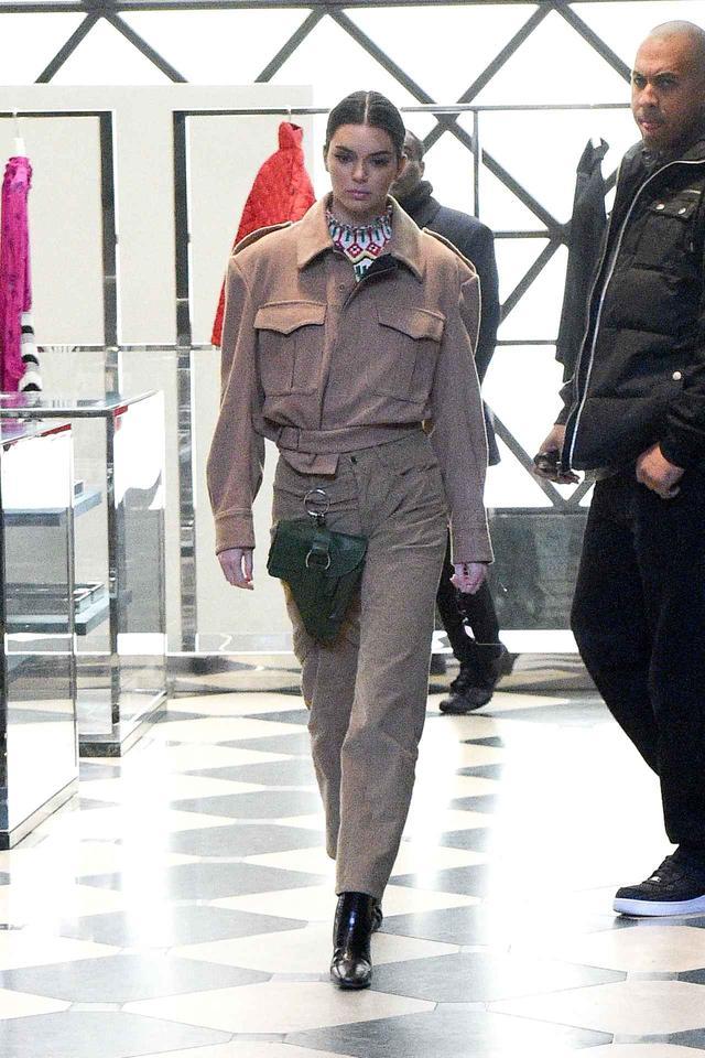 画像3: ケンダル・ジェンナー、おしゃれな最新コーデのテーマは「ウエスタン」