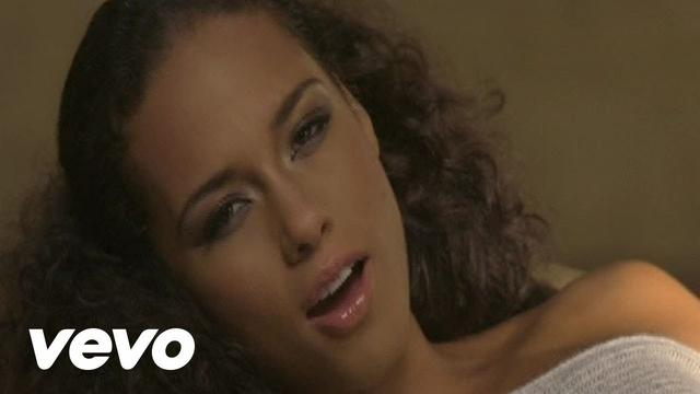 画像: Alicia Keys - No One (Official Video) www.youtube.com