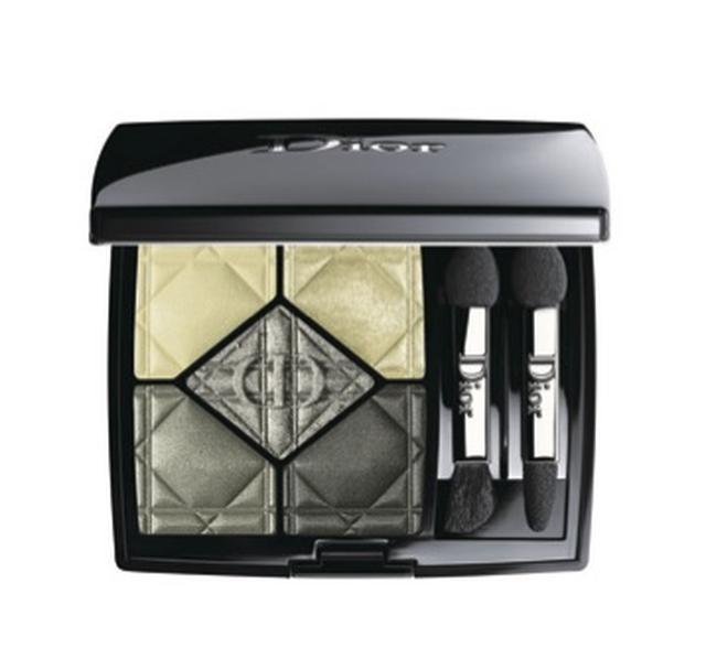 画像: <Dior>サンク・クルール #337 8,208円(税込)