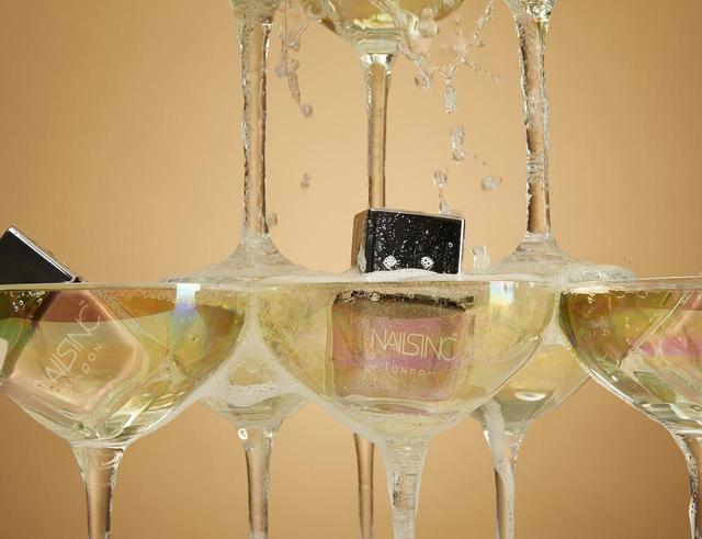 画像1: NAILS INCが、シャンパンにインスパイアされたネイルデュオを限定発売