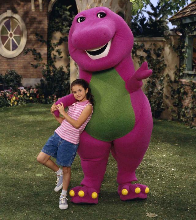 画像2: 紫の恐竜バーニーの正体明かす