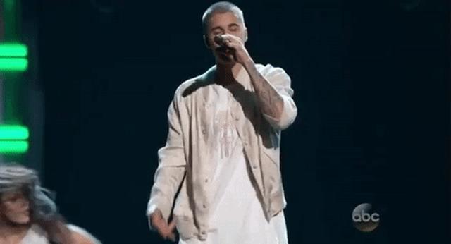 画像: Justin Bieber GIF by Billboard Music Awards - Find & Share on GIPHY