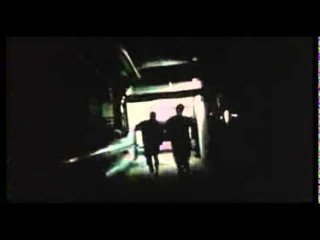 画像: 『es [エス]』 日本予告篇 www.youtube.com