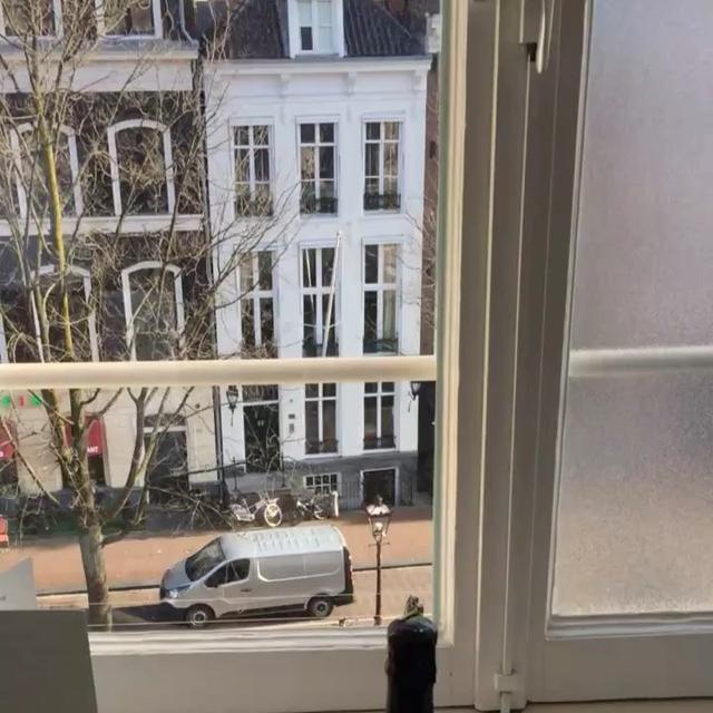画像1: Brant DaughertyさんはInstagramを利用しています:「Amsterdam for Valentine's Day  Love this room at NH Collection Doelen  #NHCollectionDoelen」 www.instagram.com