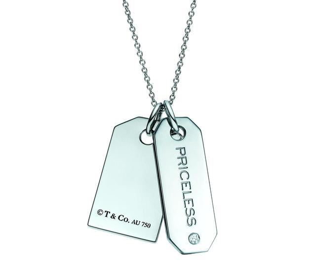 画像: タグ〔シルバー〕 ¥14,000、 タグ〔シルバー、 ダイヤモンド〕¥35,500 (チェーン別売)