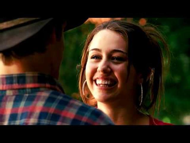 画像: Miley Cyrus - The Climb - Official Music Video (HQ) www.youtube.com