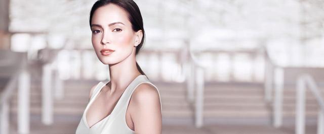 画像1: クラランス、クリアな美白肌を引き出すムース洗顔を発売