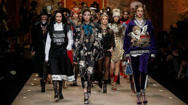 画像: Dolce&Gabbana Fall Winter 2018/19 Women's Fashion Show www.youtube.com